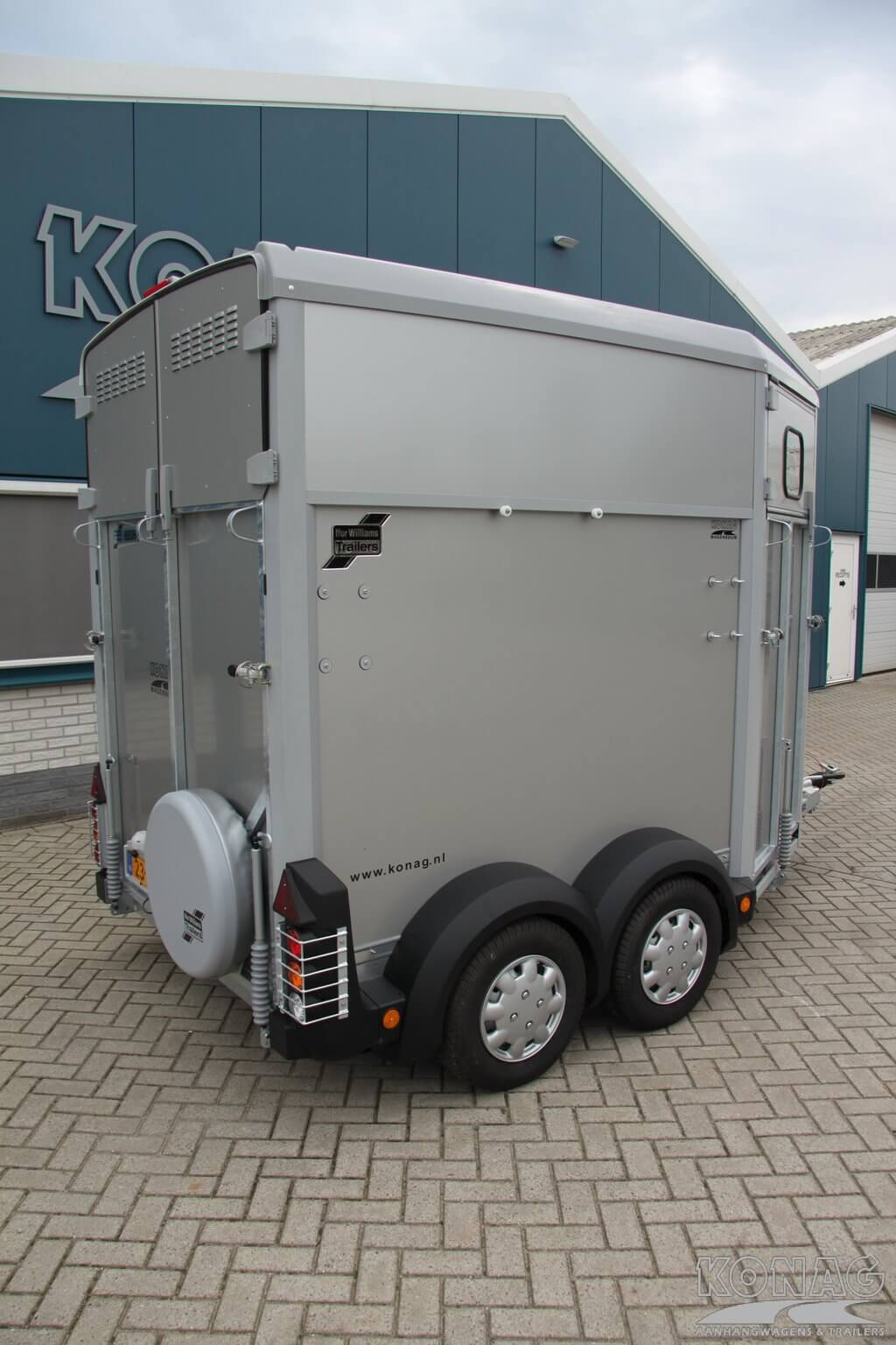 Ifor Williams HB506 paardentrailer achterzijde