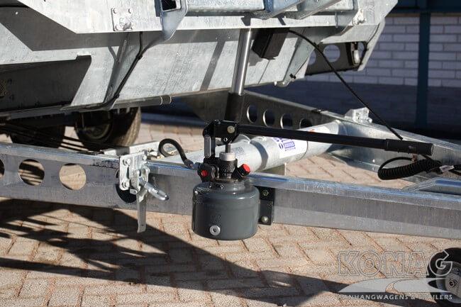 Ifor Williams CT177 autotransporter met hydraulische pomp