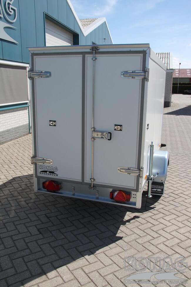 Koelaanhangwagen ongeremd Konag degelijk vastzetsysteem
