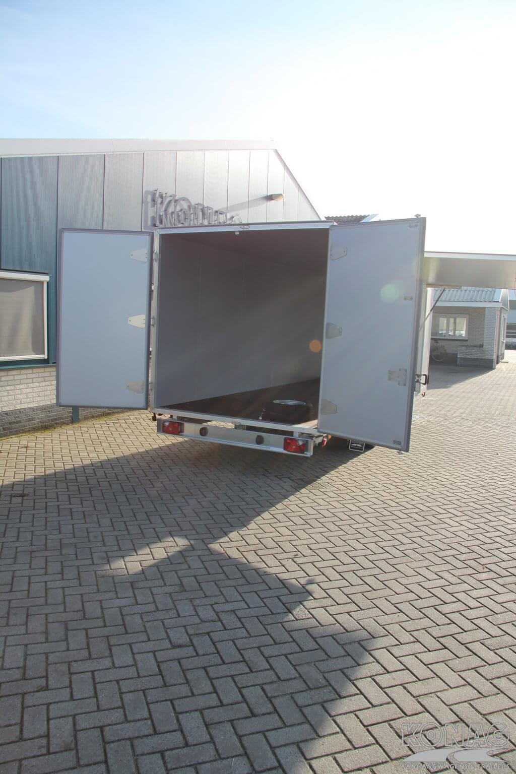 Konag presentatie-aanhangwagen 550x200x200