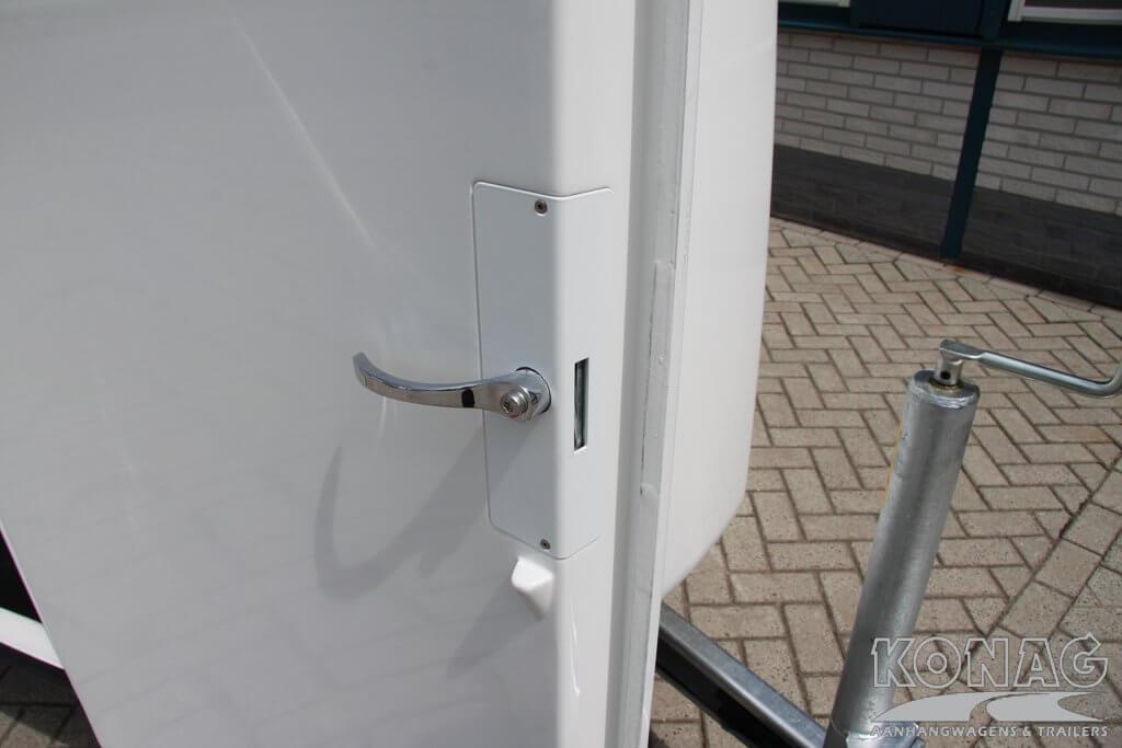 Careliner wit degelijke deursluiting