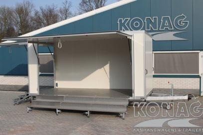 Konag Presentatiewagen met trappen