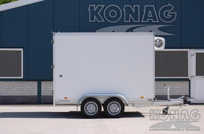 Koelwagen 300x150x200 met vleeshangsysteem versterkte dakliggers