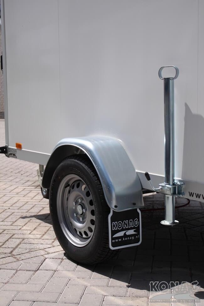 Koelaanhangwagen enkelas geremd met steunpoten