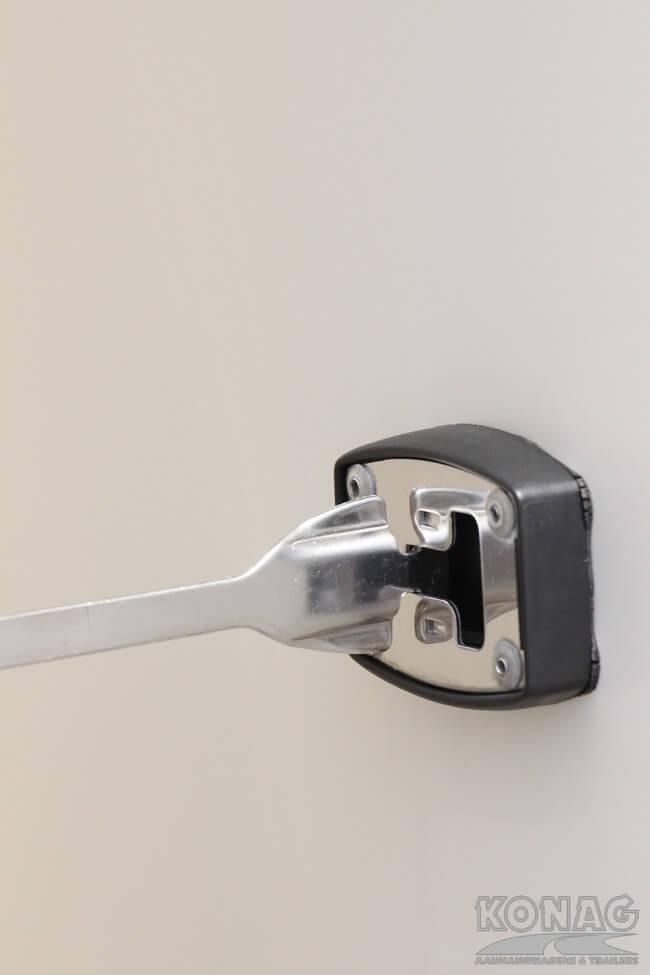 Konag tandemas vriesaanhangwagen deurvastzetter