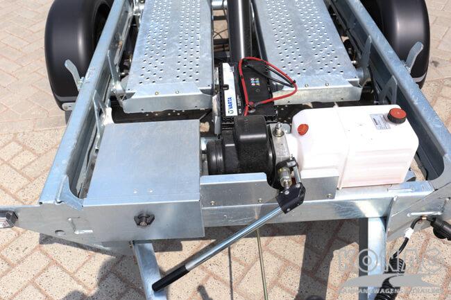 Ifor Williams kiepaanhangwagen TT105G onderzijde